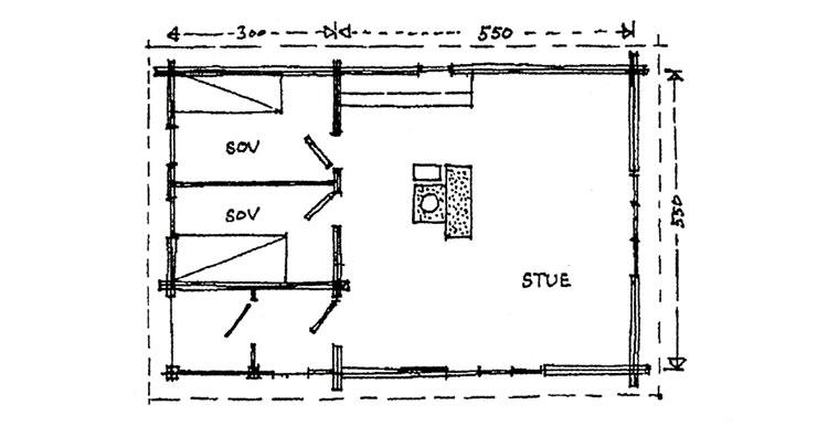 """Plantegning: Berg&Wien Massivtre: """"Jegerbu"""", enkel, tradisjonell hytte i håndlaft på ett plan. Enkel hytte med bebygd areal 47 kvadratmeter, netto 42 kvadratmeter. Kan utformes med hems over soverom. Kvadratisk form og sentralt plassert ildsted gir rask oppvarming."""